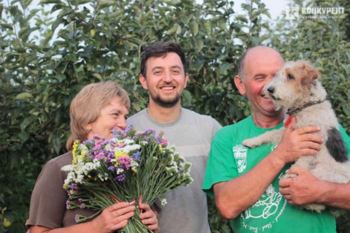 Тарас Висоцький з батьками