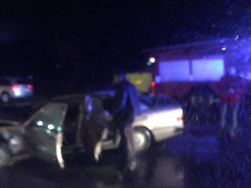 Дачне: на слизькій дорозі трапилася смертельна аварія