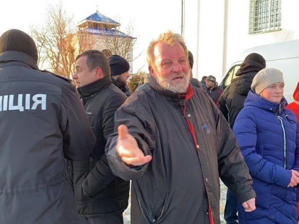 На Волині московський священик стріляв по односельцях за перехід до ПЦУ
