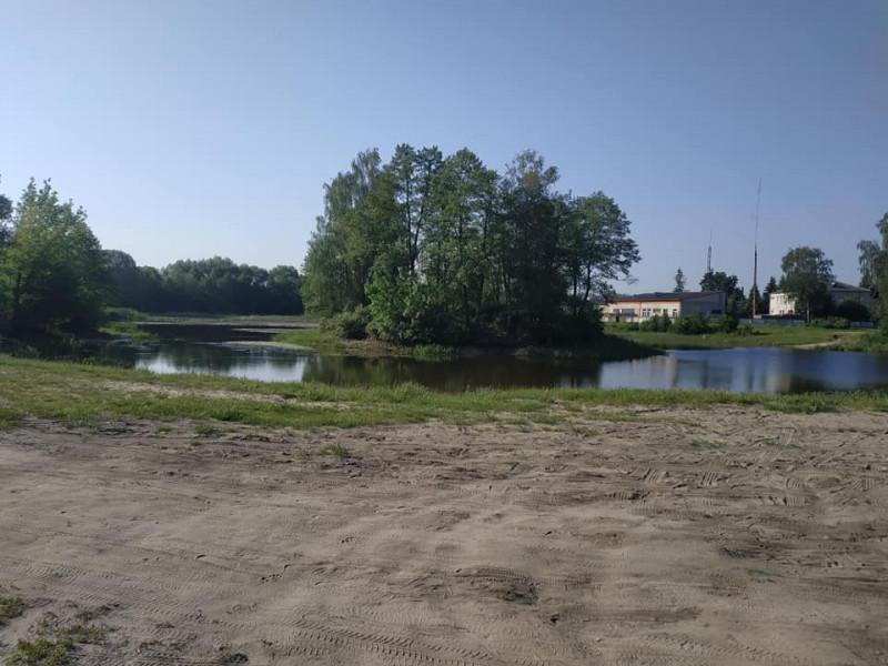 Озеро Молодіжне