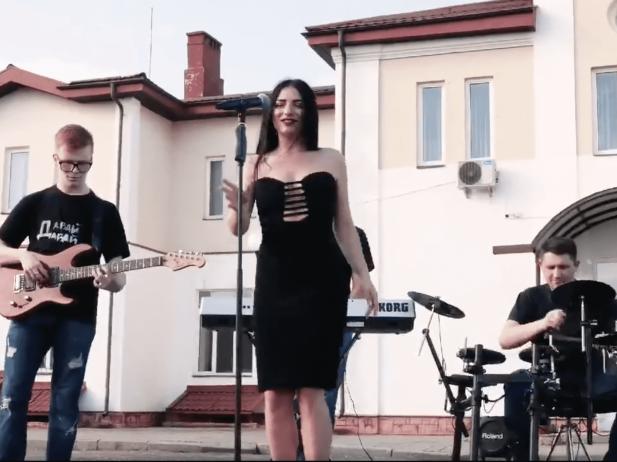 Юлія Собуцька