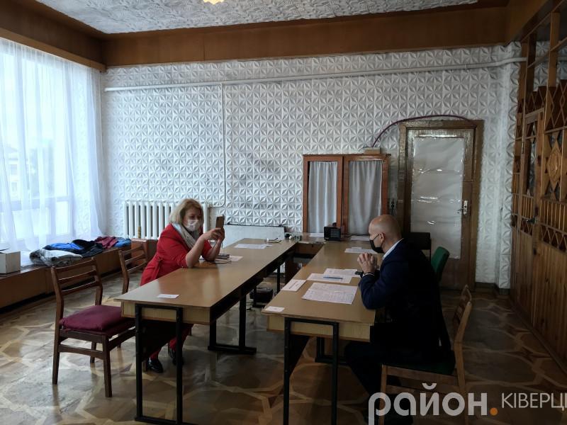 У Ківерцях відбулися односторонні дебати