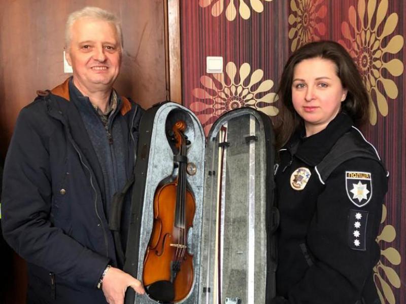 Повернення музичних інструментів у рідні стіни Цуманської дитячої музичної школи