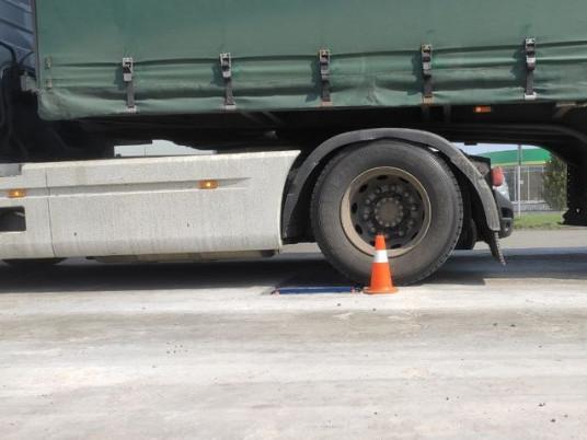 Як відбувається зважування вантажівки