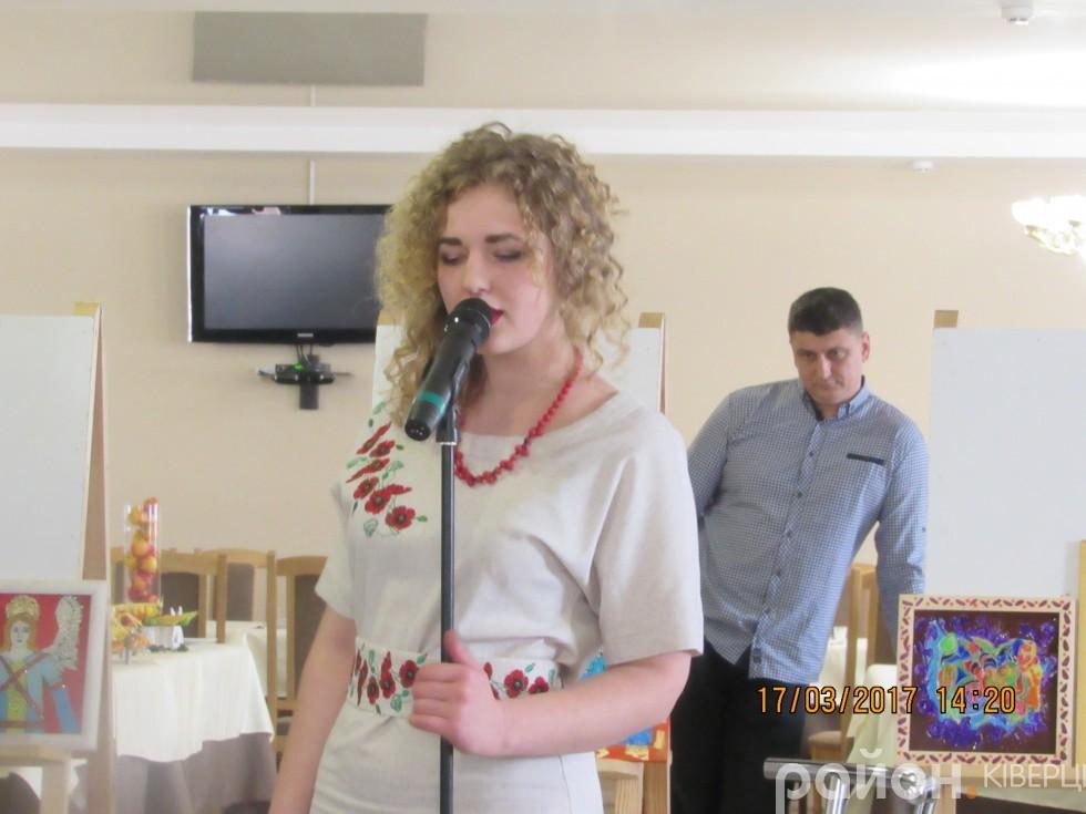 Вікторія Поліщук заспівла пісню «Материнська любов»