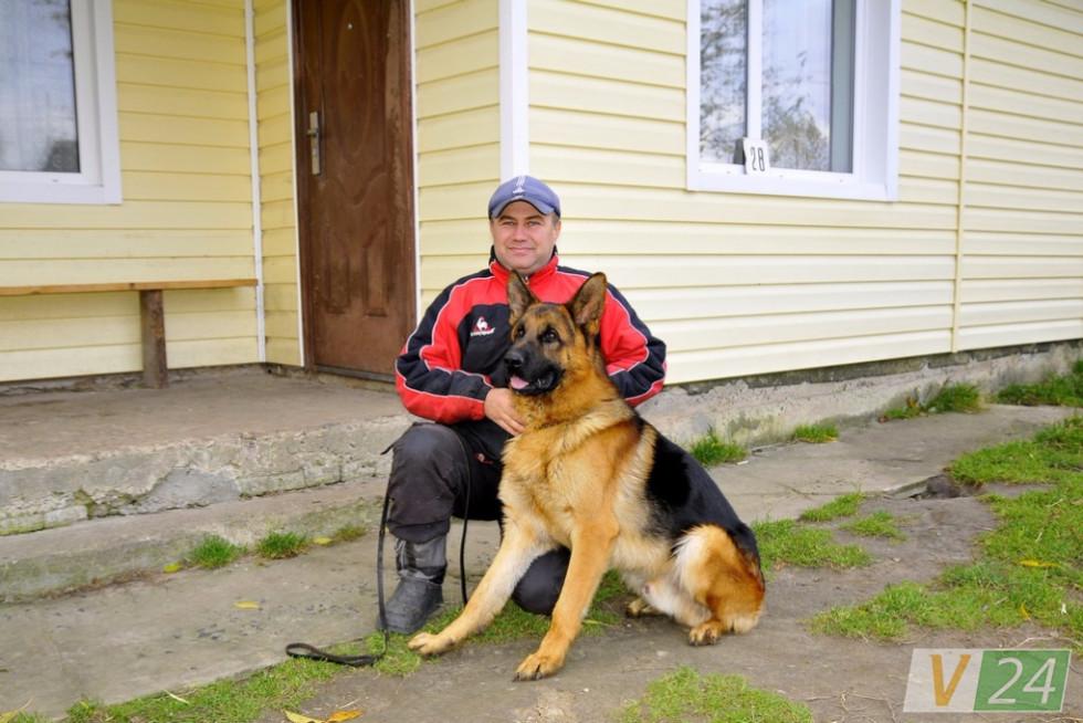 Борис Мельник зі своїм вихованцем