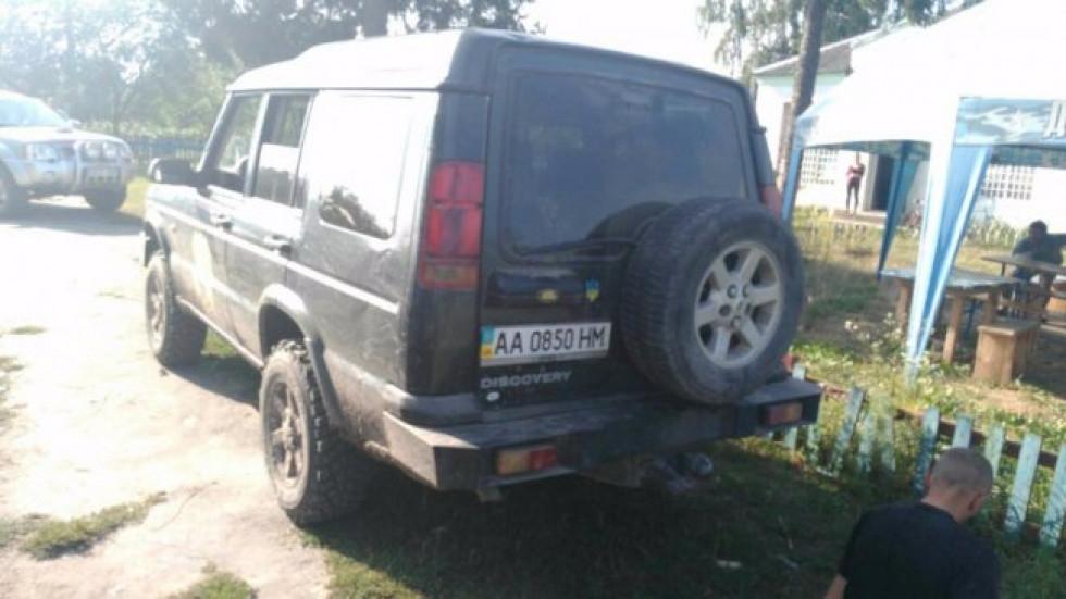 Авто, в багажнику якого возили Руслана Вішнера