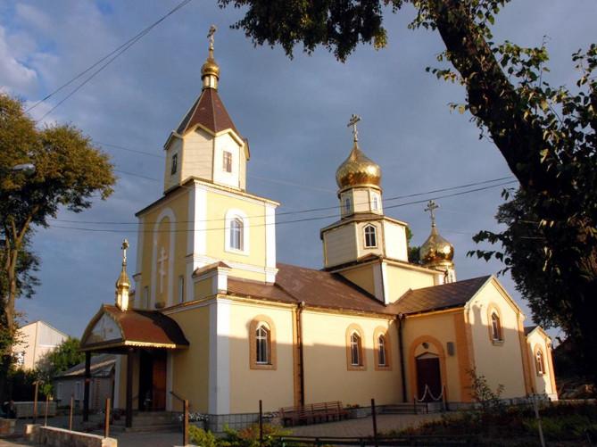 Свято-Миколаївський храм і Ківерцях
