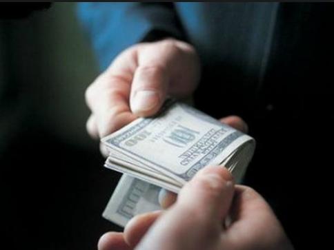 У Ківерцях посадовців підозрюють в хабарництві