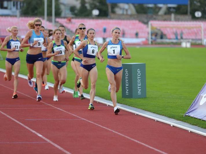Нові перемоги юних легкоатлетів району