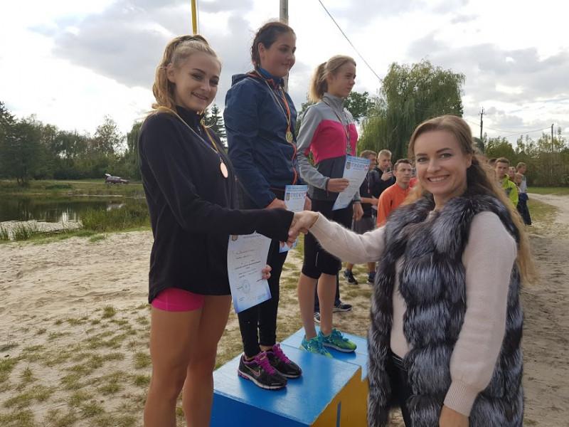 На озері «Молодіжне» відбувся чемпіонат області з легкоатлетичного кросу