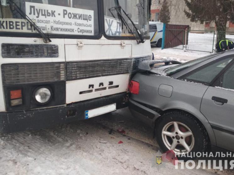 Водій автобуса з Ківерців потрапив у ДТП у Рожищі