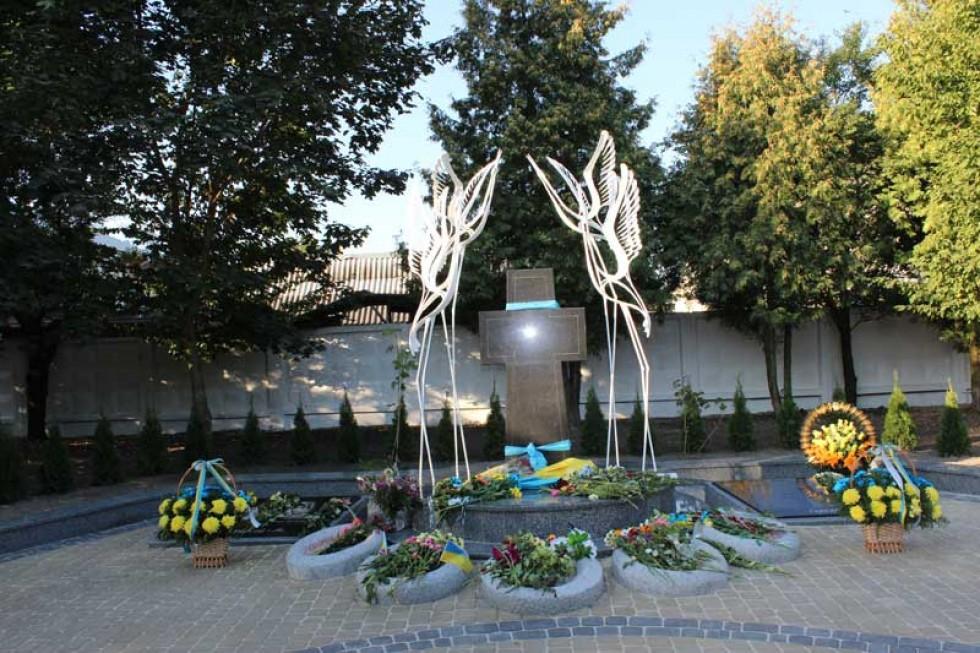 пам'ятник героям Євромайдану в місті Ківерці
