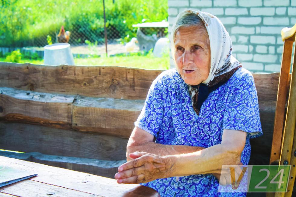 Старожили кажуть: назва села від того, що предки колись горшки ліпили, бо були гончарами