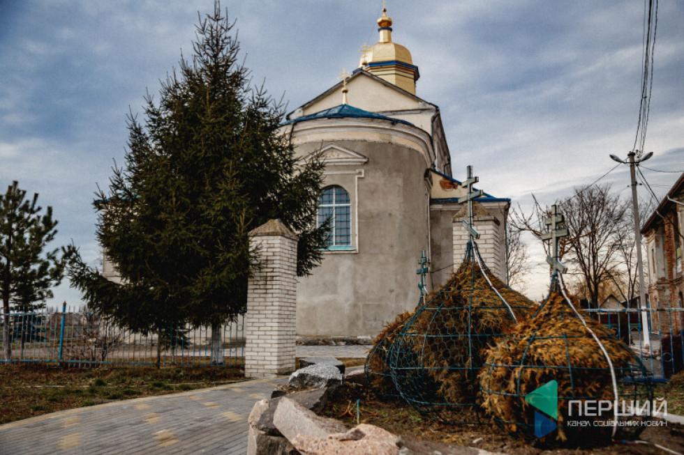 Свято-Миколаївський храм відкритий щодня