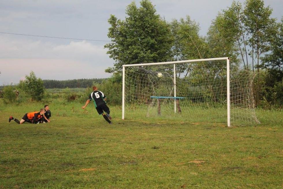 Футбол у Дерно